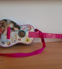 rezSoy Luna,  gitara