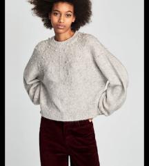 Zara pulover s perlicma