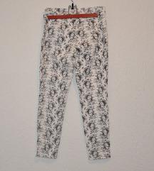 H&M stretch hlače