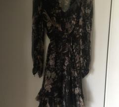 Prekrasna prozracna i leprsava haljina:)