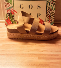 Nove Gossip sandale