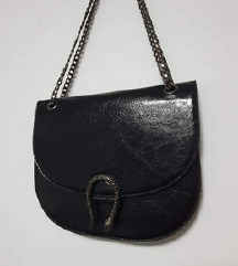 Reserved crna torbica sa zmijom