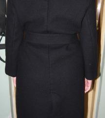 crni,dugi  kaput