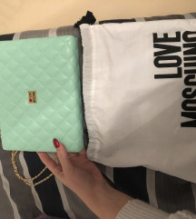 Nova Moschino torbica NIKAD NOŠENA