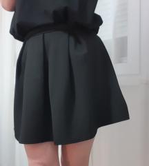 Boohoo suknja