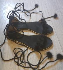 Crne sandalice na vezanje❣