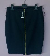 Crna suknja s patentom NOVO (POŠTARINA UKLJUČENA)