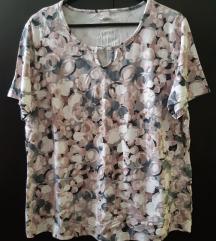 Elastična ljetna majica