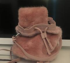 ZARA čupavi rozi ruksak AKCIJA 150 KN!!!!