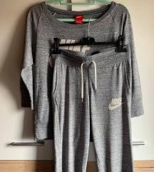 Nike original ženska trenirka // veličina XS