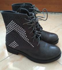 Čizme sive 39