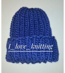 Tamno-plava kapa
