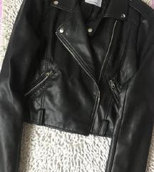 Kožna crna jakna pull&bear