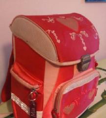 Očuvana školska torba za djevojčice - POVOLJNO!