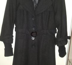 Crni kaput sa srebrnim nitima 38/400