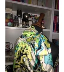 Svilena ženska haljina s aplikacijom