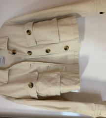 Bershka jakna sa ukljucenom pt