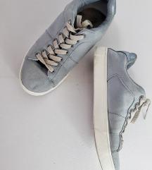 H&M baby blue tenisice