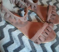 Nove Roberto sandale