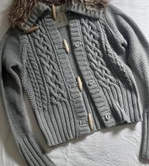 bershka pletena jaknica