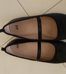 H&M balerinke crne 33(50 kn sa uklj.pt)
