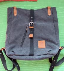 Sivi ruksak sa pt
