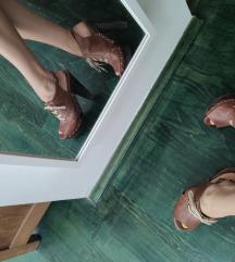 Smeđe Miss Selfridge sandale na petu