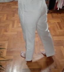 bijele hlače za posao