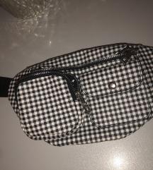 torbica oko struka