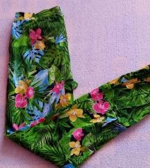 Šarene ljetne hlače vel. XS