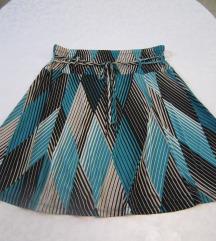 Plavo-crno-bijela suknjica geometrijskog uzorka