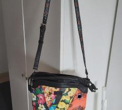 Desigual torbica -ukljucena pt-SNIZENO%%%