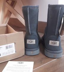 Čizme ugg -100 KN