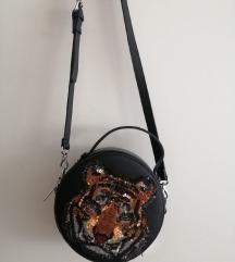 Mala okrugla torbica