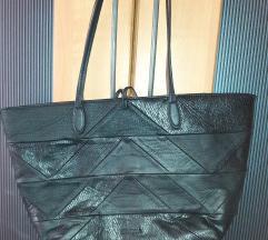 Crna torba Desigual,na dvije strane