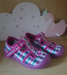Papuce za djecu broj 24 nove