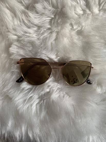 New Yorker sunčane naočale