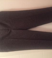 Sisley hlače - nove, PT uključen