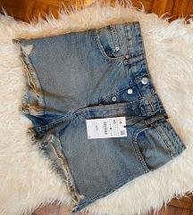 Nove s etiketom Zara denim shorts 38/40