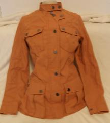 naranđasta jakna