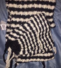 šal i kapa H&M hand knited