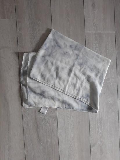 Plavo bijela marama