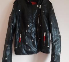 Kožna jakna s detaljima