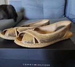 Zlatne Borovo sandale