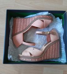 Tommy Hilfiger sandale - vrlo malo nošene