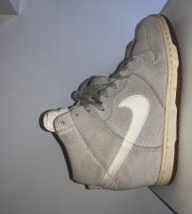 Tenisice na petu - Nike