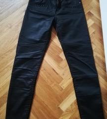 H&M hlače s voštanim izgledom