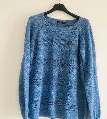 Plavi pleteni pulover vel M