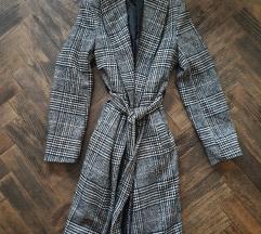 Karirani kaput novi 350kn! Velicina M i L