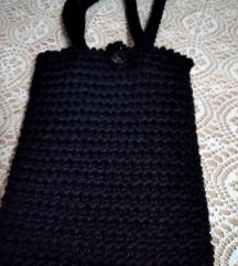 Crna retro torbica